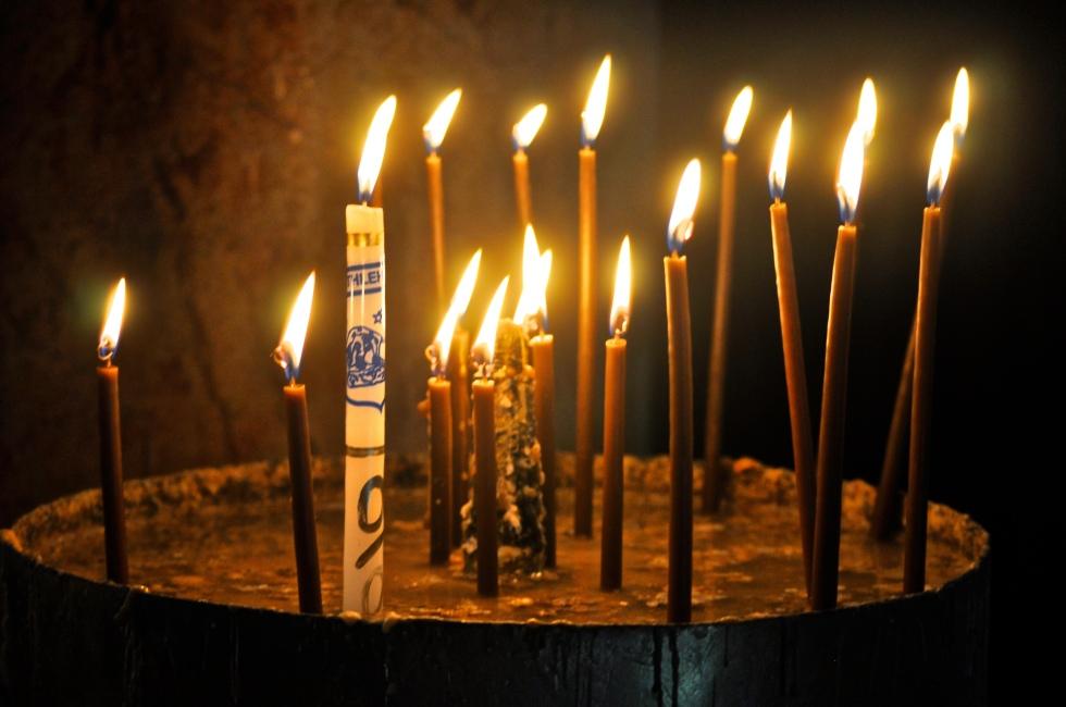 Kerzen in der Geburtskirche